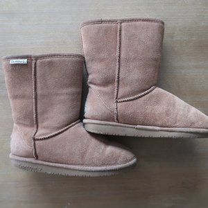 Bearpaw size 6 winter boots 9'' in height